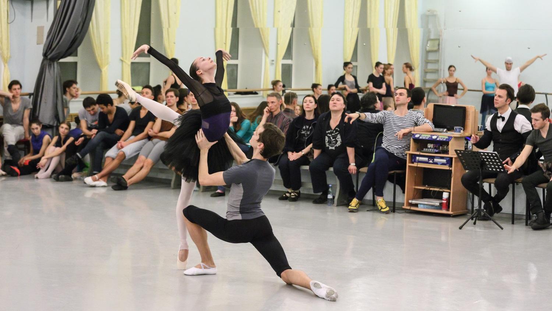 Пермский театр оперы и балета ставит новое «Лебединое озеро»