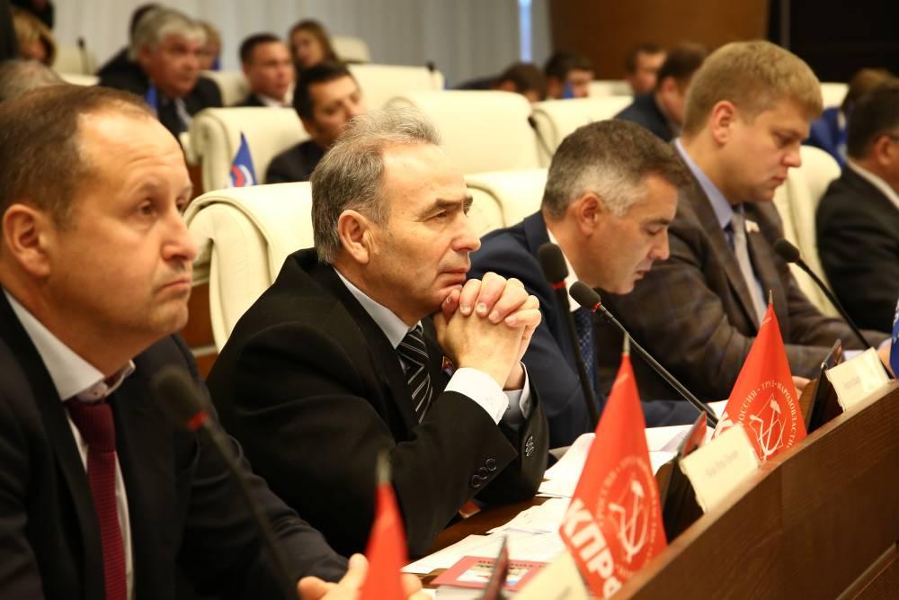 Пермские коммунисты просят Геннадия Зюганова отложить отставку Владимира Корсуна