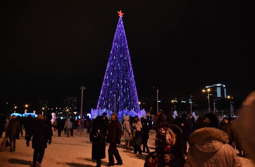 В рождество на эспланаде собралось 30 тысяч человек