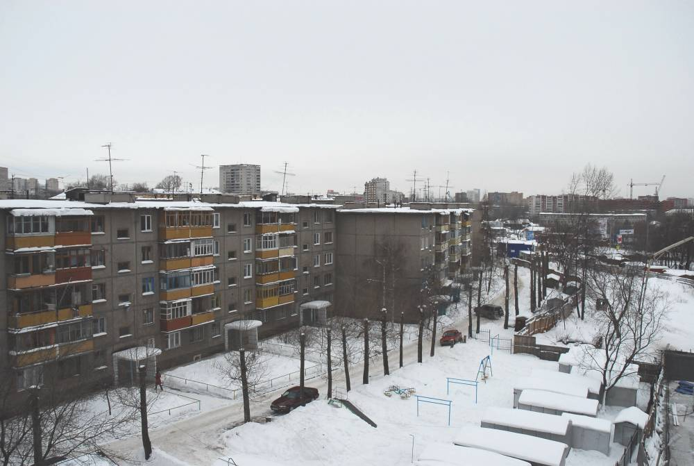ВСоликамске женщина выпала изокна 5-ого этажа
